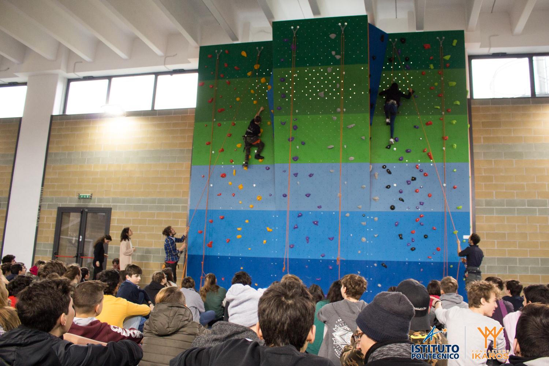 Inaugurazione parete di arrampicata