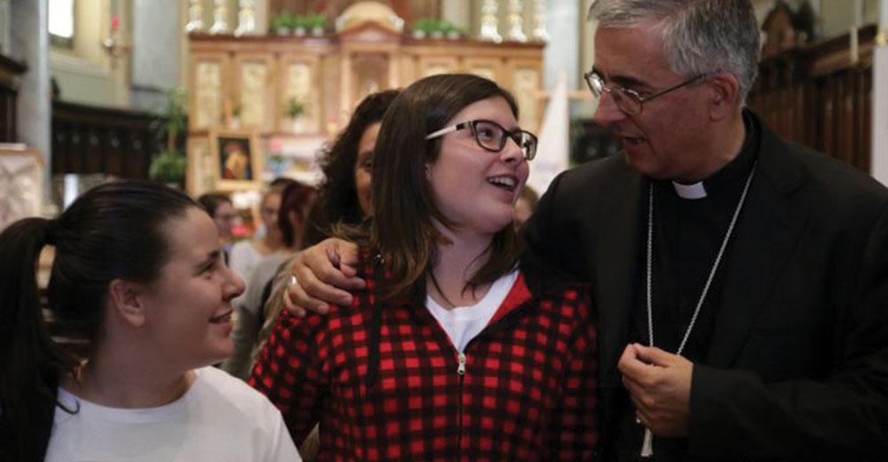 Visita del Vescovo Mons. Antonio Napolioni